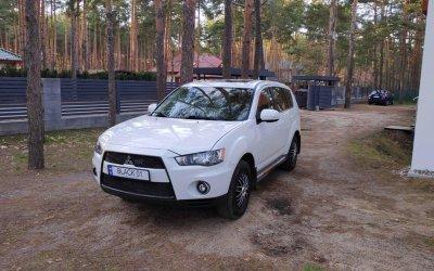 Mitsubishi Outlander 2011  3.0 v6   hak