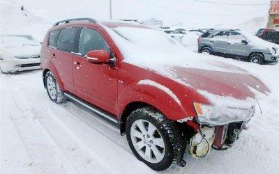 Mitsubishi Outlander 2011  3.0 v6   hak  4x4