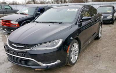 Chrysler 200 2015  ( Piotr)