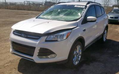 Ford Escape 2015 4x4  2.0T
