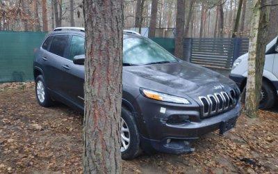 Jeep Cherokee 3.2 7.2017 4x4