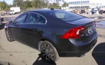 Volvo S60 T6 2015 4x4 3.0T